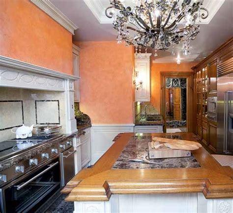 Peach Kitchen Walls  Kitchen Design Ideas