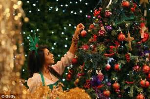 selfridges  harrods prepare  open  christmas