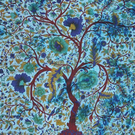 tenture murale arbre de vie tenture indienne quot arbre de vie quot bleu tentures murales artisanales sur artiglobe