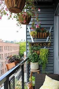 vertical balcony garden ideas balcony garden web With amenagement jardin petite surface 2 idees deco un balcon inspirant