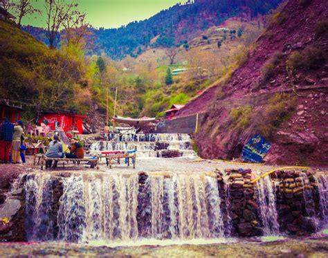 beautiful places  visit  pakistan