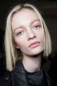 2016 Fall Winter 2017 Hairstyles Looks On The Runway