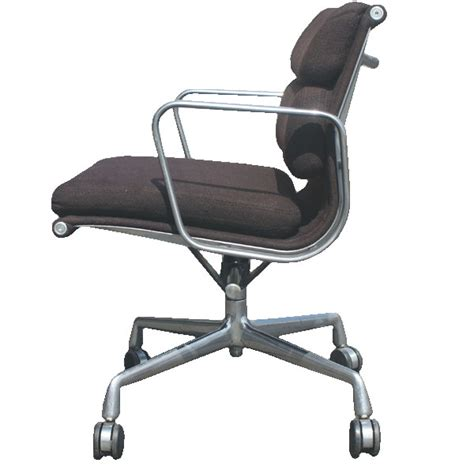 vintage herman miller eames soft pad management chair