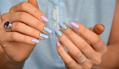 nail bijou bleu et violet tartofraises