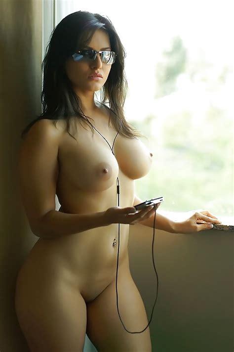 Turkish nude model | EliteArabGirls