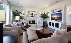 Small Living Room With Fireplace – Modern House