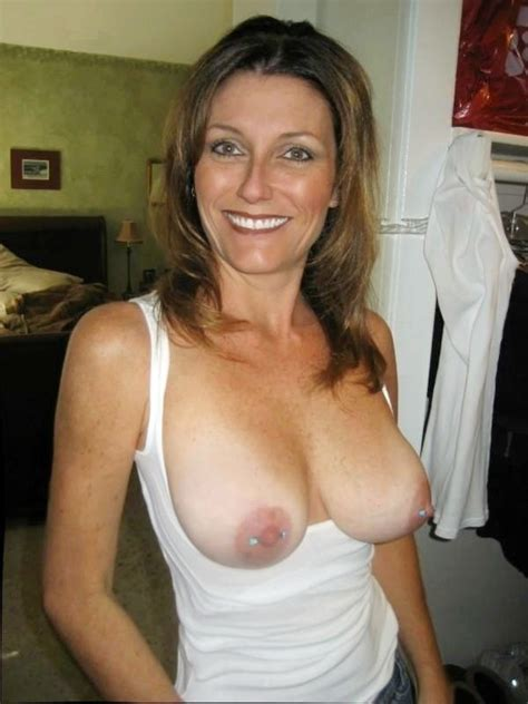 Moms Flashing Their Tits Tumblr