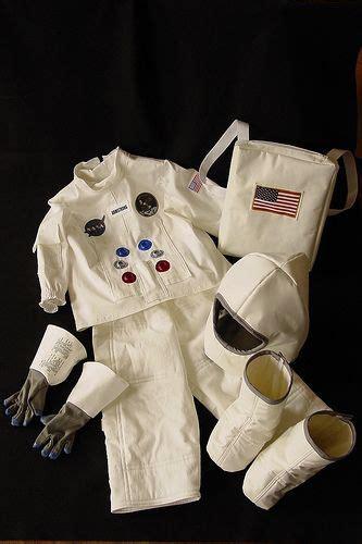 apollo  costume diy astronaut costume astronaut
