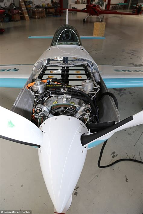 battery powered plane breaks speed record hitting 210mph