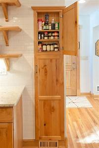 Small pantry ideas tips and tricks for being organized for Small kitchen pantry cabinet