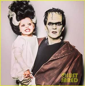 Full Sized Photo of neil patrick harris family hallowen ...