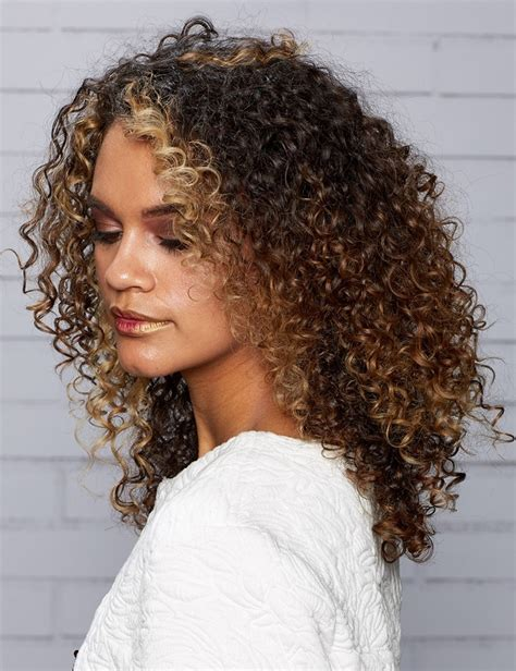 style curly hair new spiral curly hairstyles trends 2017 fitfru style 5149