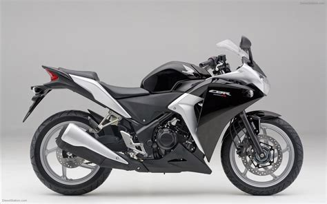 Cbr250rr Image by Honda Cbr250r 2011 Widescreen Car Pictures 06 Of