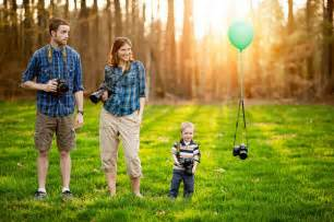 family photographer 24 absolutely creative family portraits you can shoot