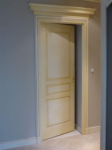 moulures de portes decoration mambobc