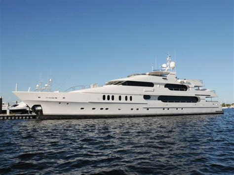 Tiger Woods Yacht Inside