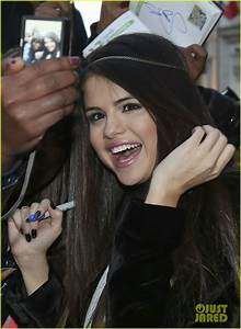 Selena Gomez Teeth Fixed | www.imgkid.com - The Image Kid ...