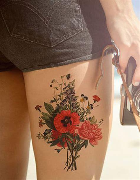 tatouage cuisse fleur  tatouages sur la cuisse qui