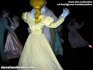 Davelandblog: Freaky Fridays @ The Haunted Mansion: The ...