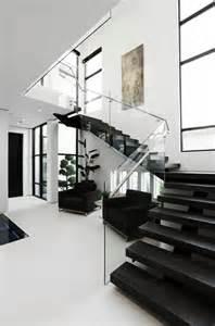 design d int 233 rieur styl 233 avec le tableau triptyque archzine fr design stairs and interiors