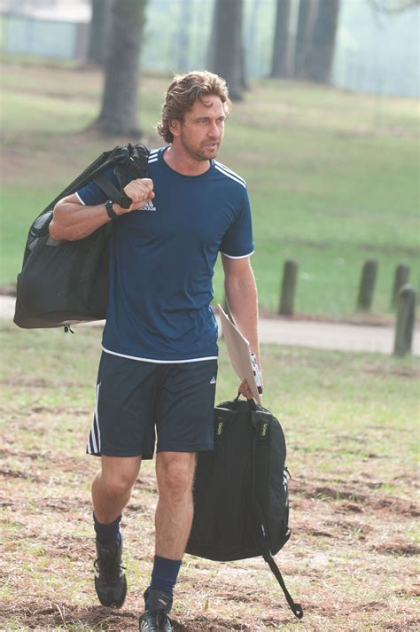 PLAYING FOR KEEPS First Look Images With Gerard Butler And