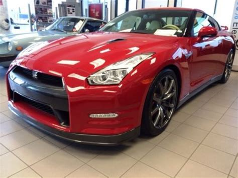 purchase   nissan gt  premium solid red ivory leather  orange california united