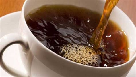 Comparing coffee hair dye and henna hair dye is like comparing a cat to a lion. Add Color to Your Hair with Coffee
