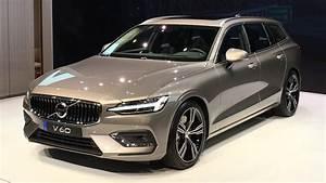 Volvo V60 2018 : 2018 volvo v60 world premiere walkaround at geneva motor show 2018 youtube ~ Medecine-chirurgie-esthetiques.com Avis de Voitures