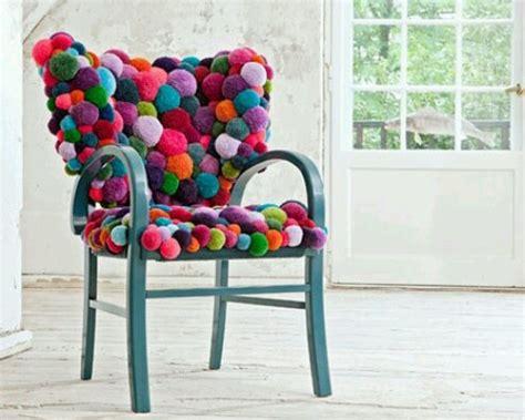 customiser chaise en bois 10 idées pour relooker simplement une chaise idée