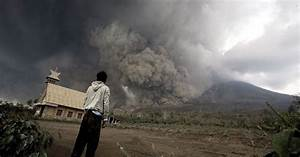 10 Photos of Indonesia's Deadly Volcanic Eruption