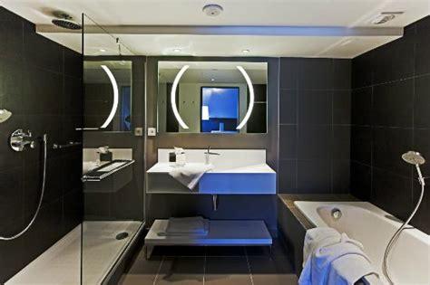 chambre d h es nantes radisson hotel nantes voir les tarifs 1 340 avis