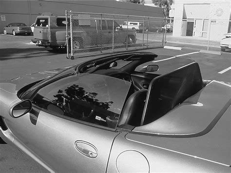 Convertible Windscreen / Deflector