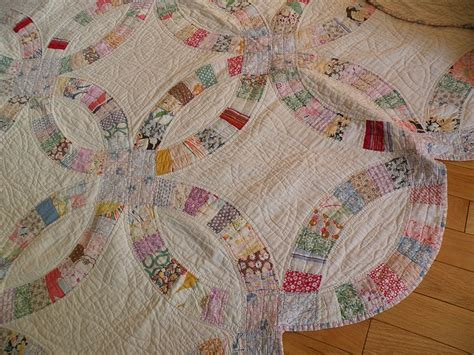 vintage quilt wedding ring pattern quilts