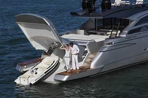 Ventura Yachtspershing 82 Tender Ventura Yachts