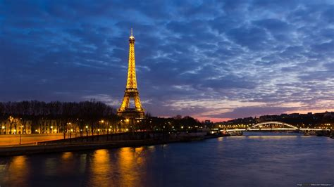 Paris Background Free Download Wallpaper