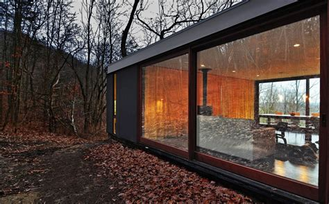 glass cabin wisconsin stacked cabin by johnsen schmaling architects homedsgn