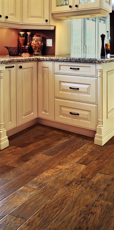 laminate flooring kitchen cabinets the 25 best hickory flooring ideas on hickory 8871