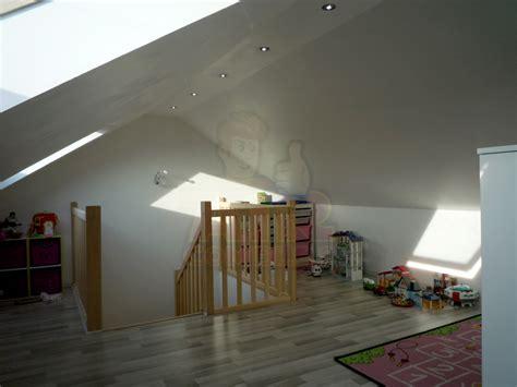 eclairage chambre mansard馥 eclairage chambre mansarde great eclairage plafond chambre with eclairage chambre mansarde stunning best cool peinture chambre bande verticale u