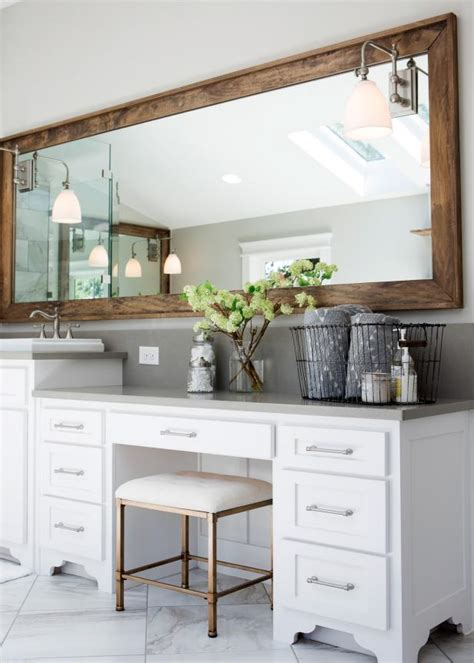 tips  organizing dressing   vanity hgtvs