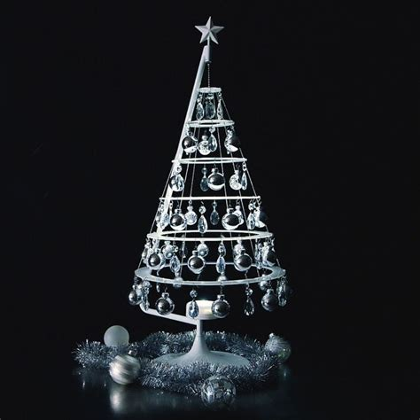 modern lighted christmas tree stunning contemporary christmas decoration ideas