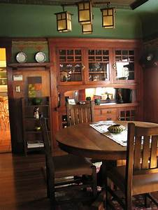 best 25 craftsman dining room ideas on pinterest With arts and crafts dining room furniture