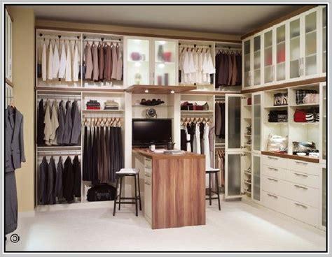 create seasonal storage   pull  closet rod