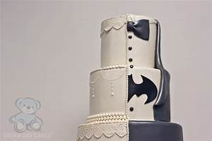 Batman Wedding Cake (with Lace) Bearkery Bakery