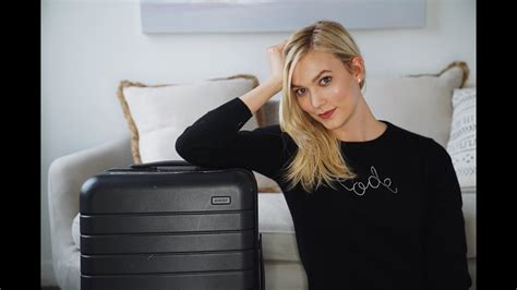 What Bag Carry Edition Karlie Kloss Youtube