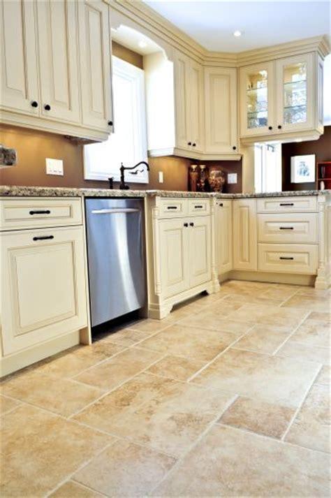 choosing kitchen floor tiles granit i trawertyn twarde kamienie na posadzkę dom pl 5410