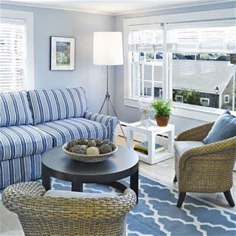 seaside cottages coastal decor ideas  interior