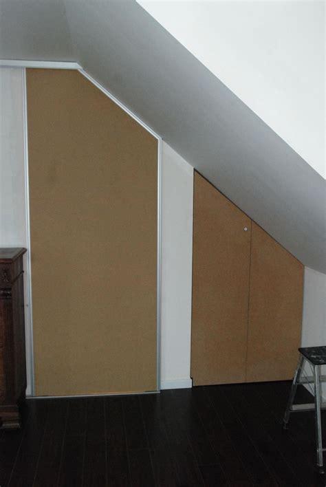 chambre pan placard en sous pente porte coulissante sojonescreation