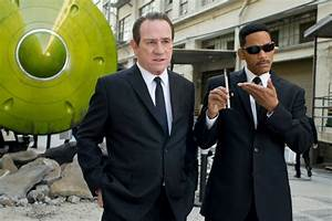 Men in Black 3 Quotes - 'Is there anybody here who is not ...