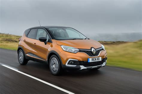 new renault captur facelifted renault captur gets new engine and gearbox