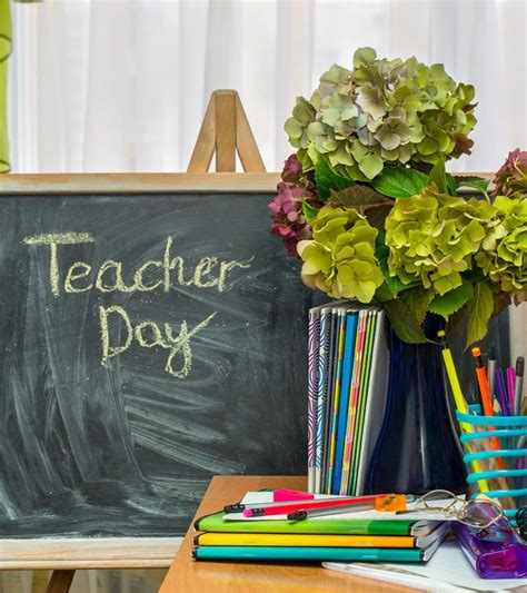 36 Beautiful Teacher's Day Quotes, Wishes & Poems For Kids